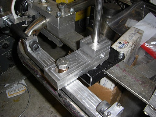 Pitman arm and steering pin slide joint